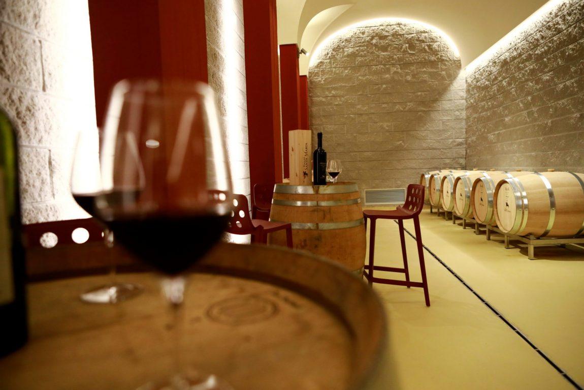 Tour-e-Wine-Tasting_poggio-santa-maria-scaled.jpg